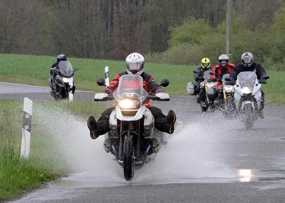 Mit Auf Tour... Motorradreisen unterwegs mit Achim 1. Test-Tour 2016 am 16. und 17. April ins Schlaubetal.NUR ZUR PRIVATEN VERWENDUNG