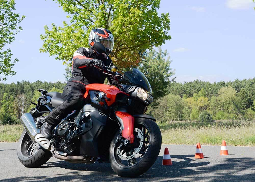 Mit Auf Tour... Motorradreisen unterwegs mit Achim 1. Motorradtraining am 7. Mai 2016NUR ZUR PRIVATEN VERWENDUNG